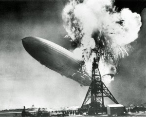 sp_aaib059_16x20_the-hindenburg-disaster-posters_707-300x240